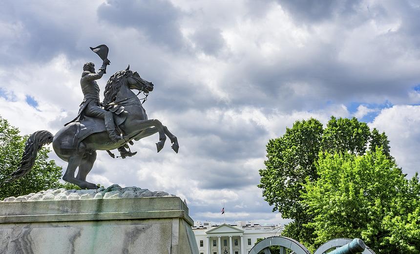 860x520 Y si EEUU hubiese sido una monarquía - bigstock-Jackson-Statue-Canons-La