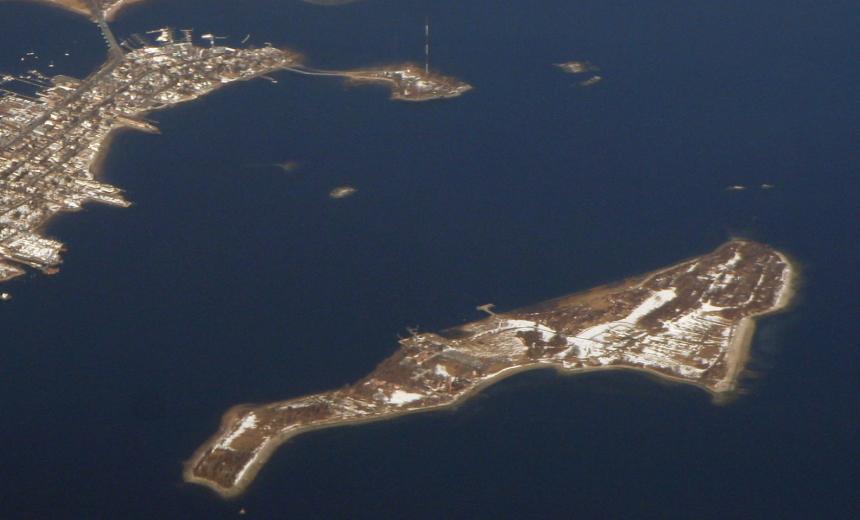 Hart Island (Crop1)