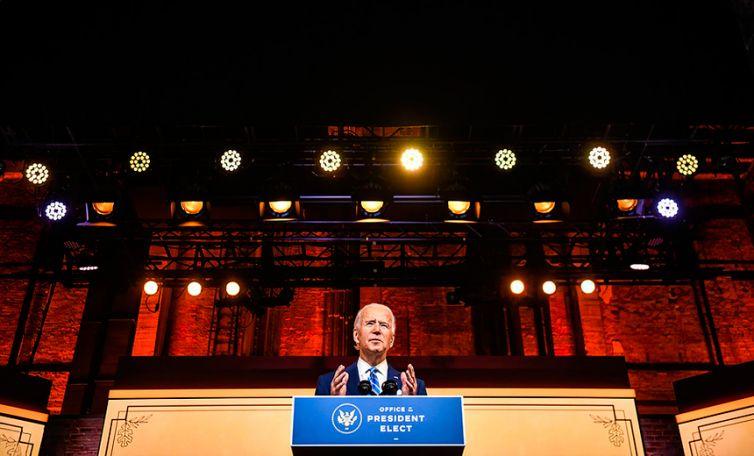 Biden-toma-posesión-en-una-ceremonia-cargada-de-simbología--2